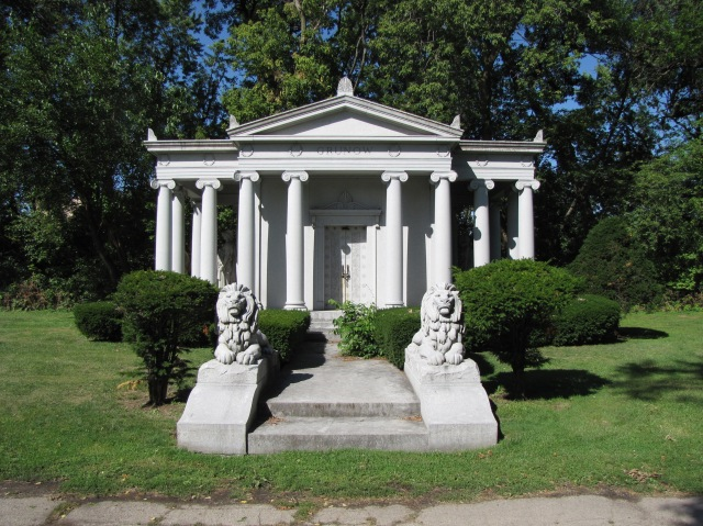 Grunow Mausoleum in the Forest Home Cemetery at Chicago, Illinois