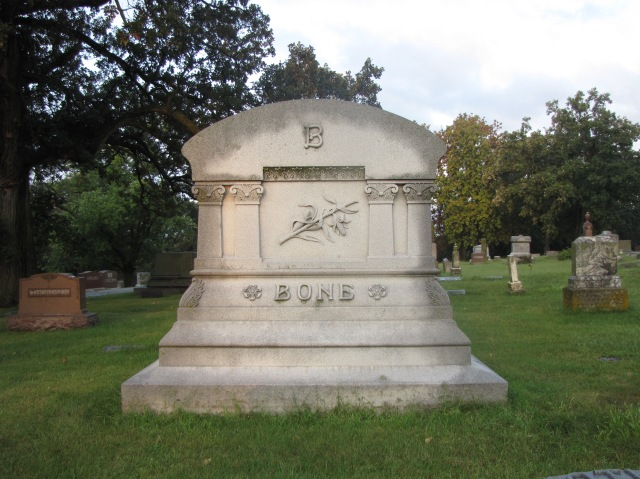 Walnut Hill Cemetery, Council Bluffs, Iowa
