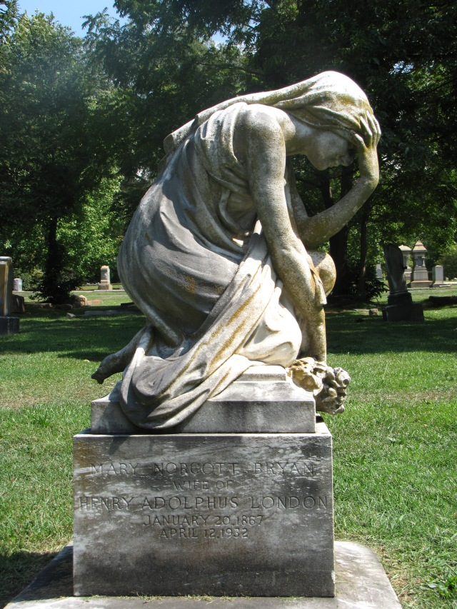 The Mary Norcott Bryan London Monument in the Elmwood Cemetery at Charlotte, North Carolina