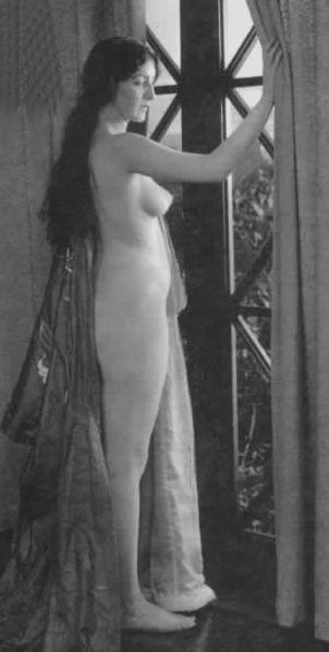 Audrey Munson in the silent film, Heedless Moths, 1921
